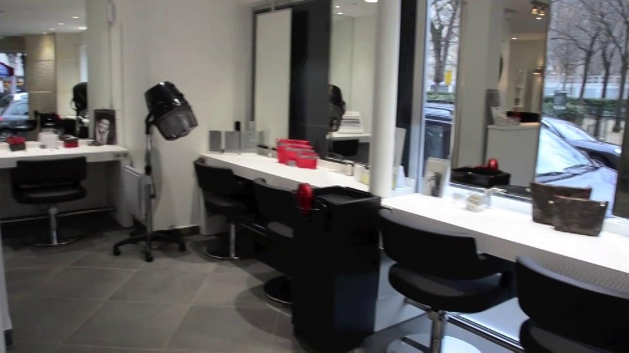 Caroly spa coiffure paris 15 avis tarifs horaires for Salon de coiffure ouvert le dimanche paris