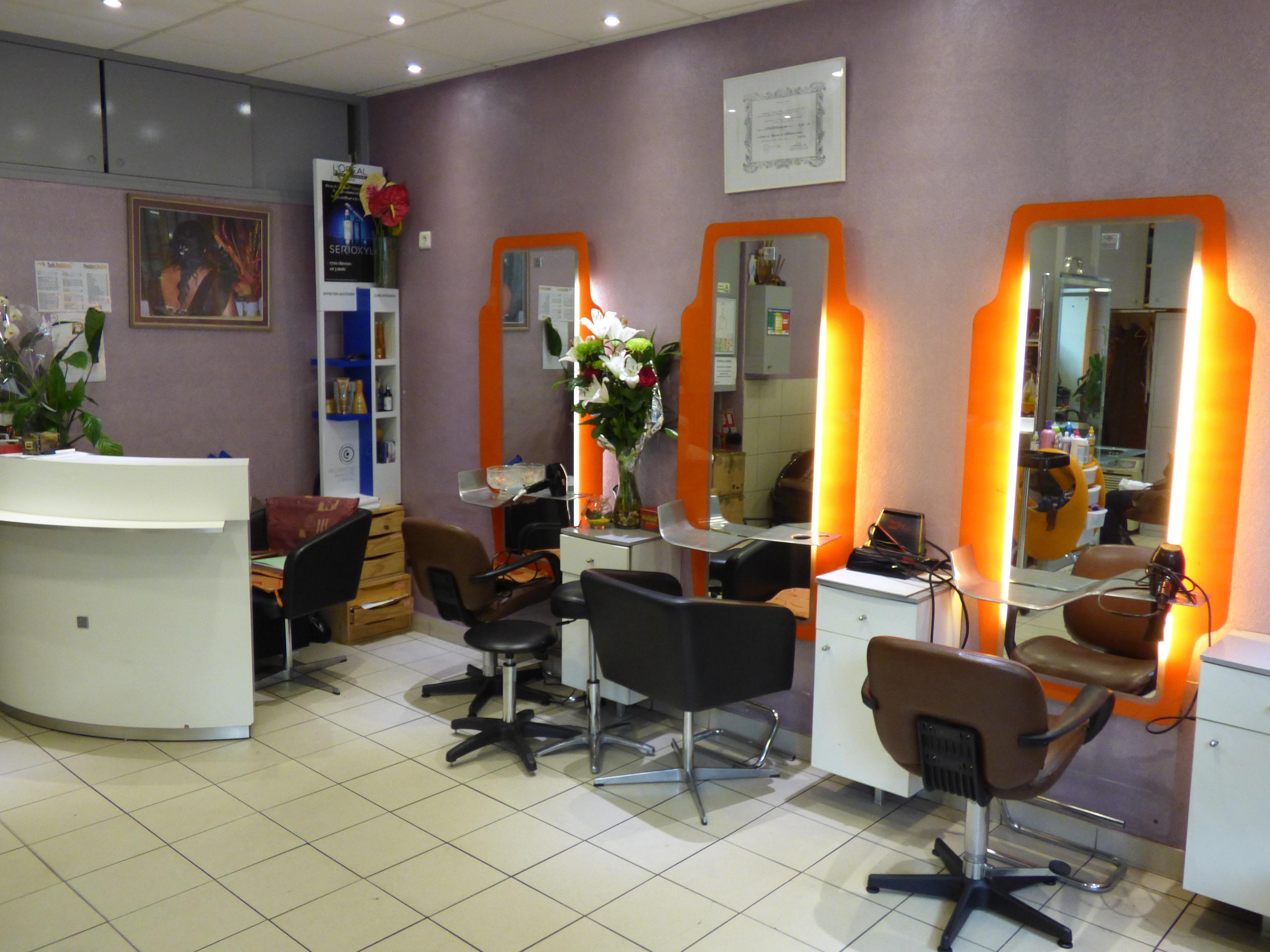 Lydie coiffure paris 13 avis tarifs horaires t l phone for Salon de coiffure paris 13