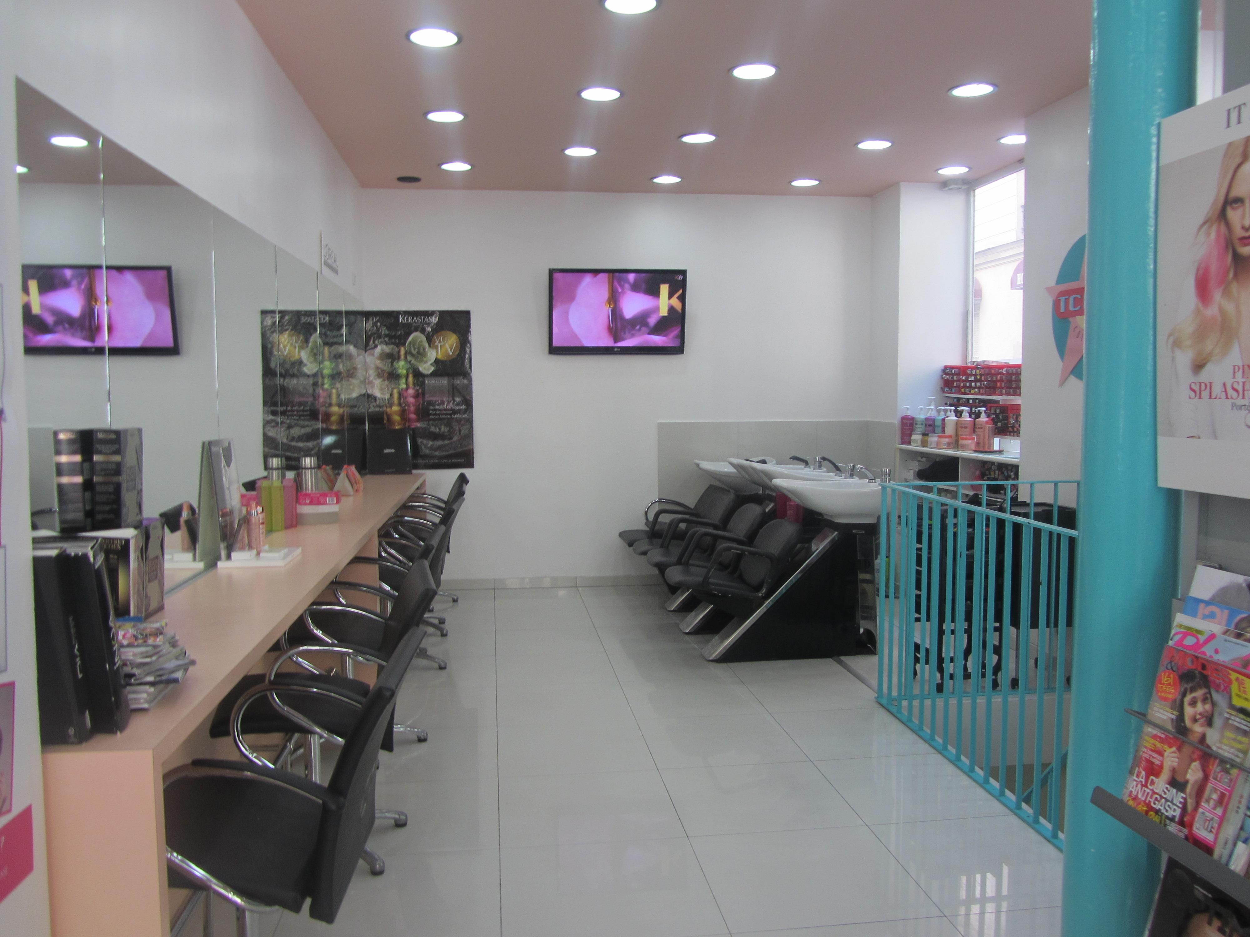 Tchip coiffure paris 11 avis tarifs horaires t l phone for Salon de coiffure ouvert le dimanche paris