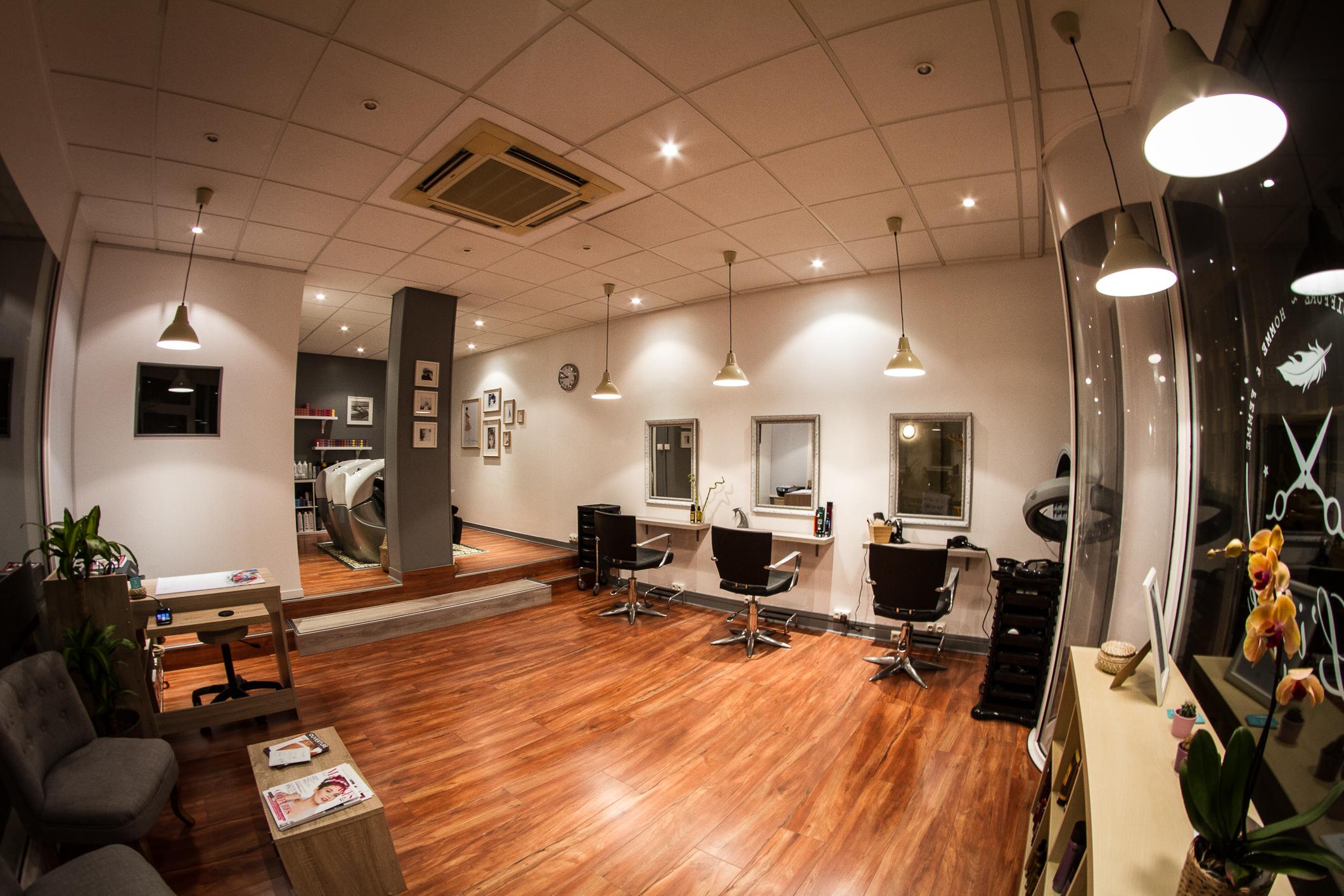 L 39 idylle salon de coiffure tours avis tarifs horaires for Avis salon de coiffure