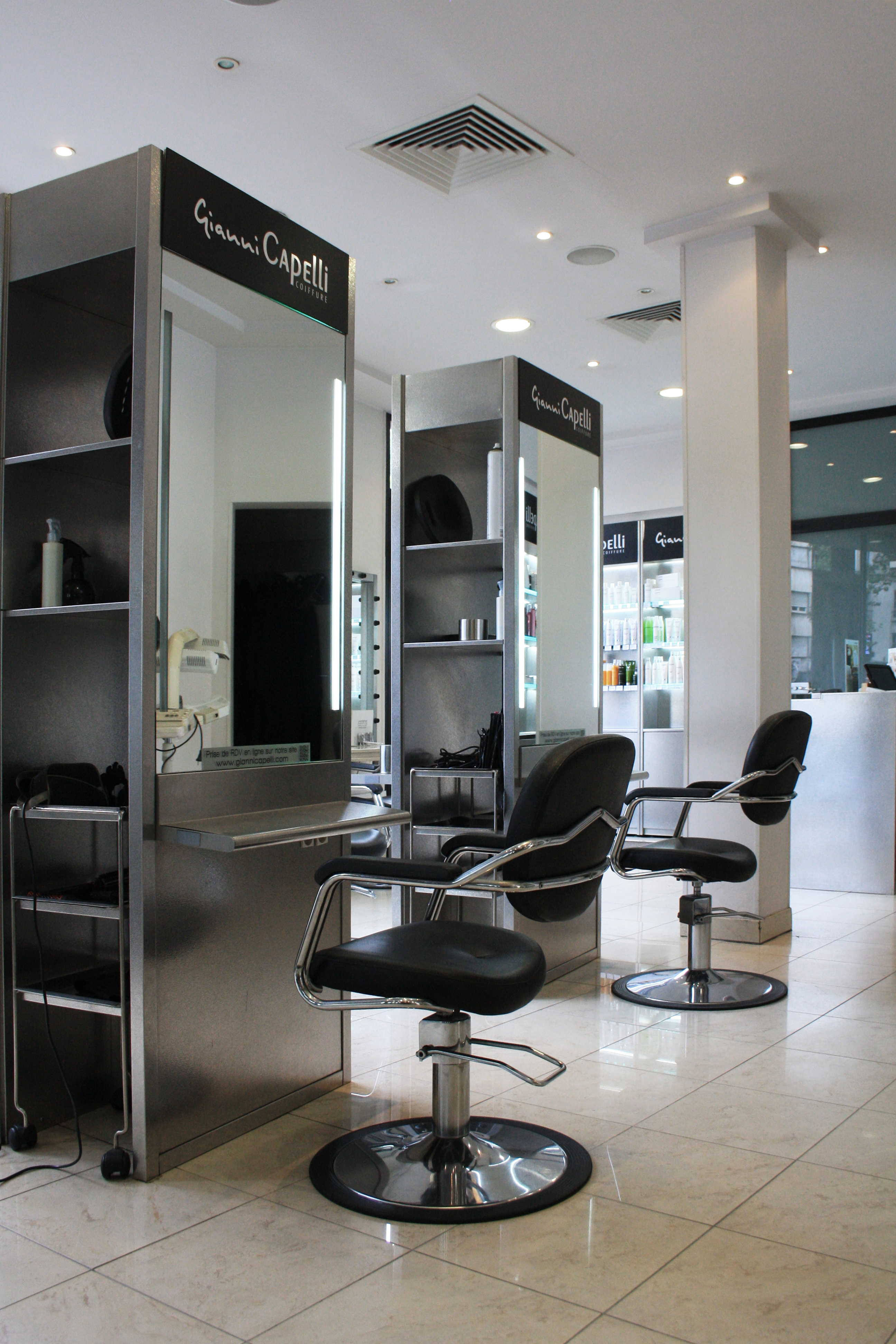 Gianni capelli boulogne billancourt avis tarifs for Salon de coiffure boulogne billancourt