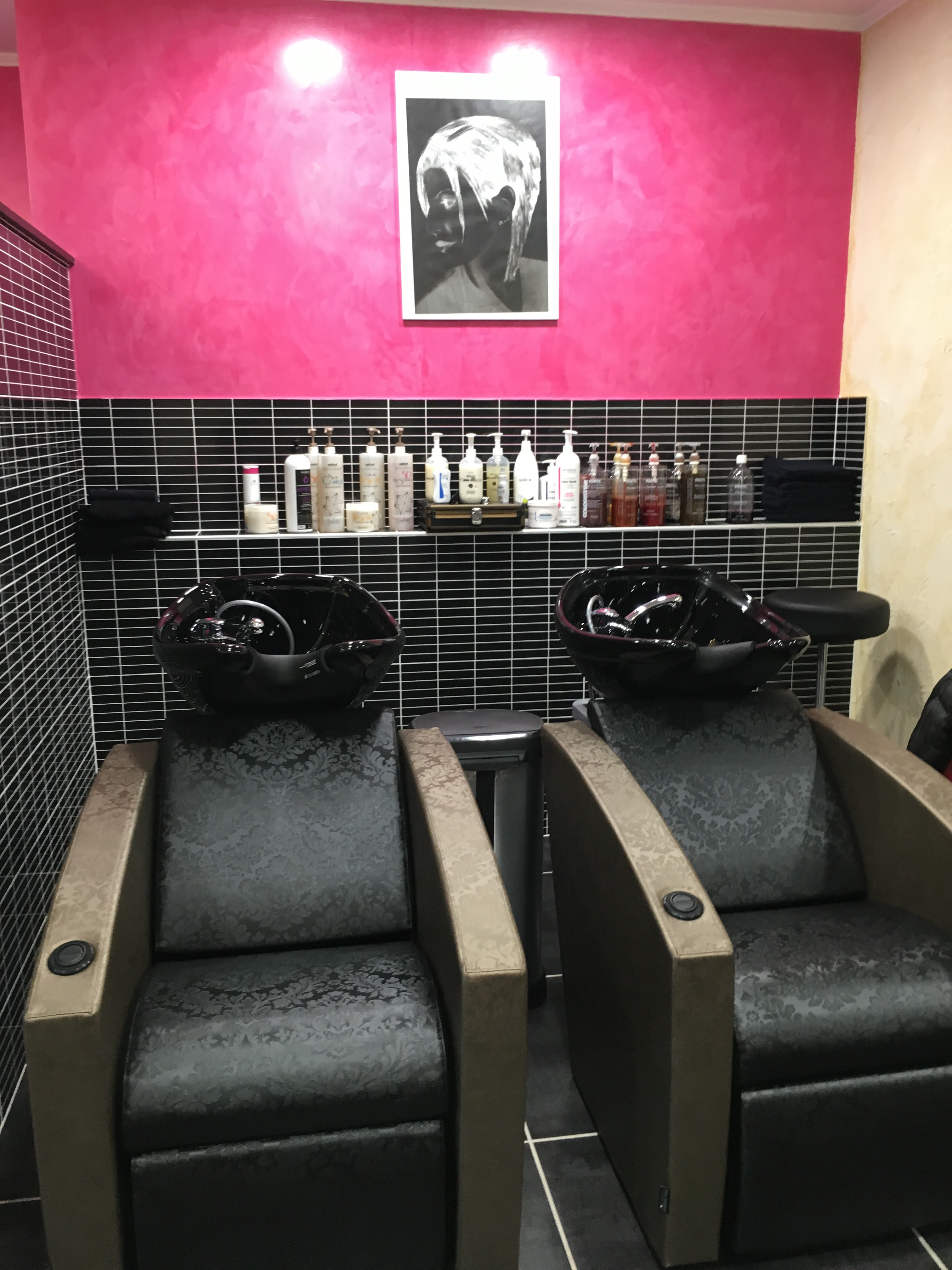 Ru00eavu00e9lation coiffure cru00e9ateur Barber shop Miramas - Avis Tarifs Horaires Tu00e9lu00e9phone