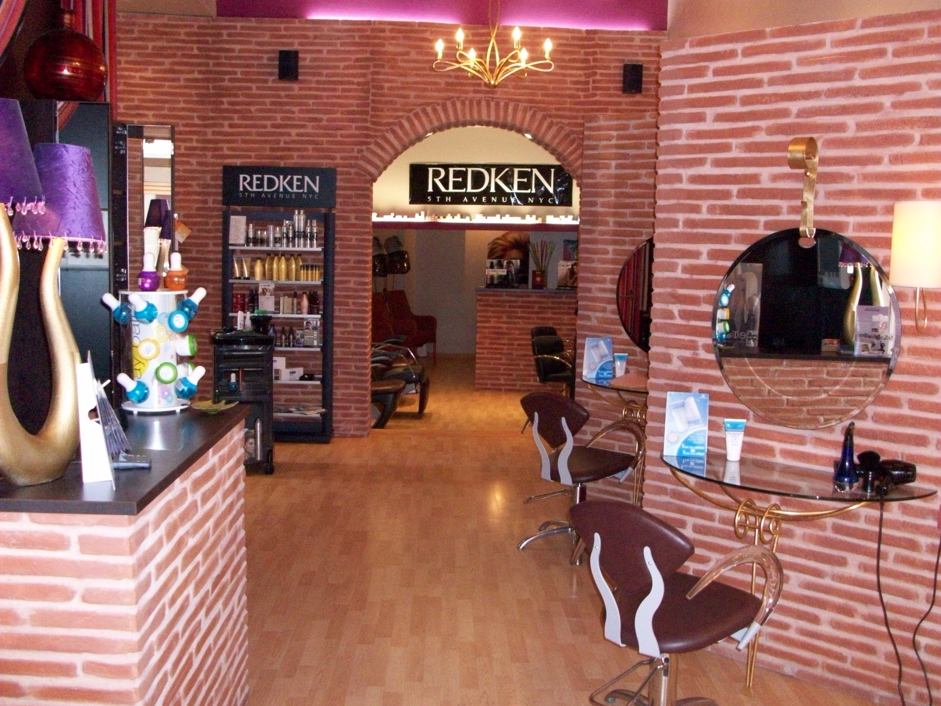 Awesome salon coiffure laval ideas awesome interior home for Salon de coiffure blainville