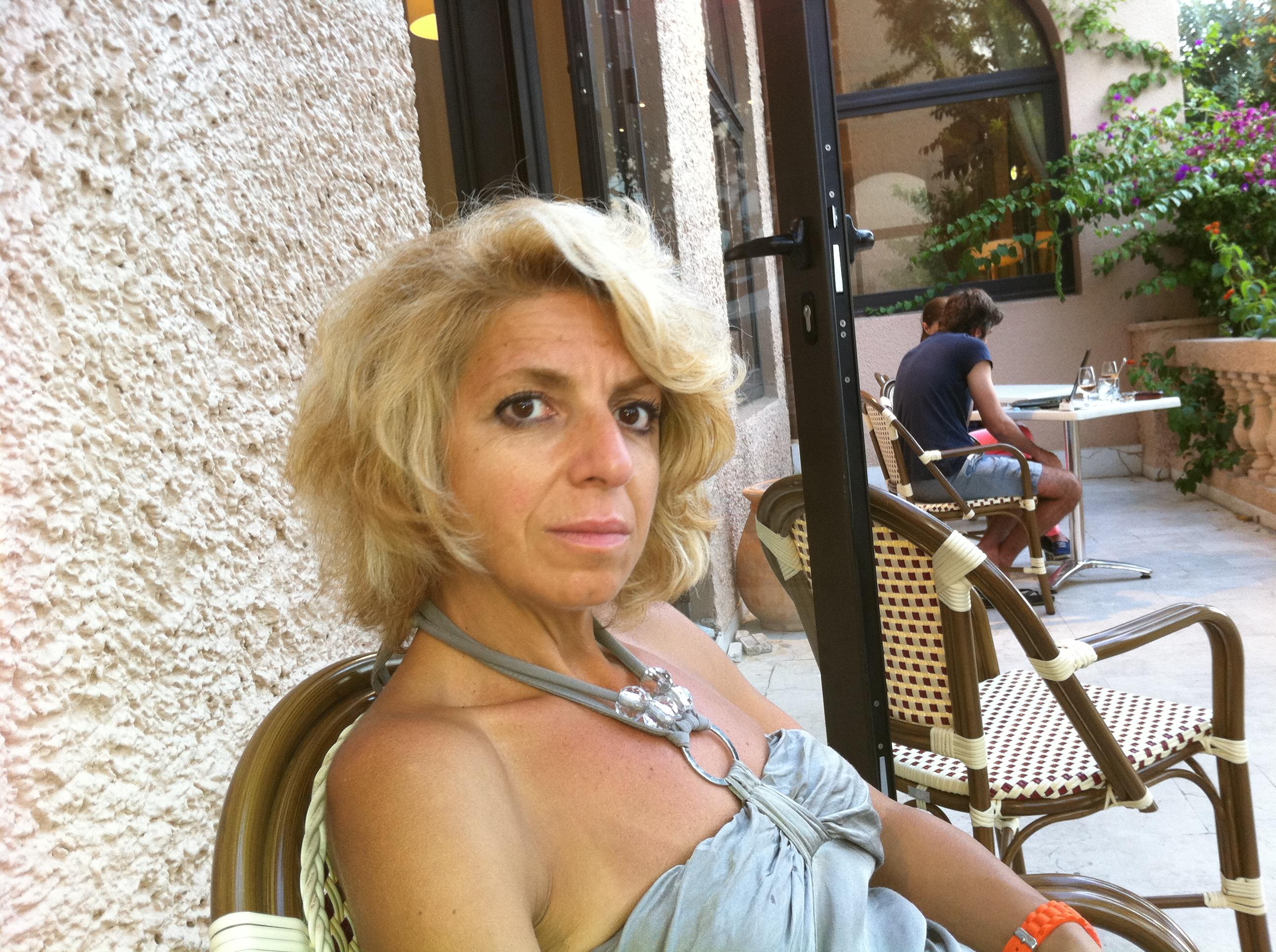 Femme cherche logement gratuit belgique