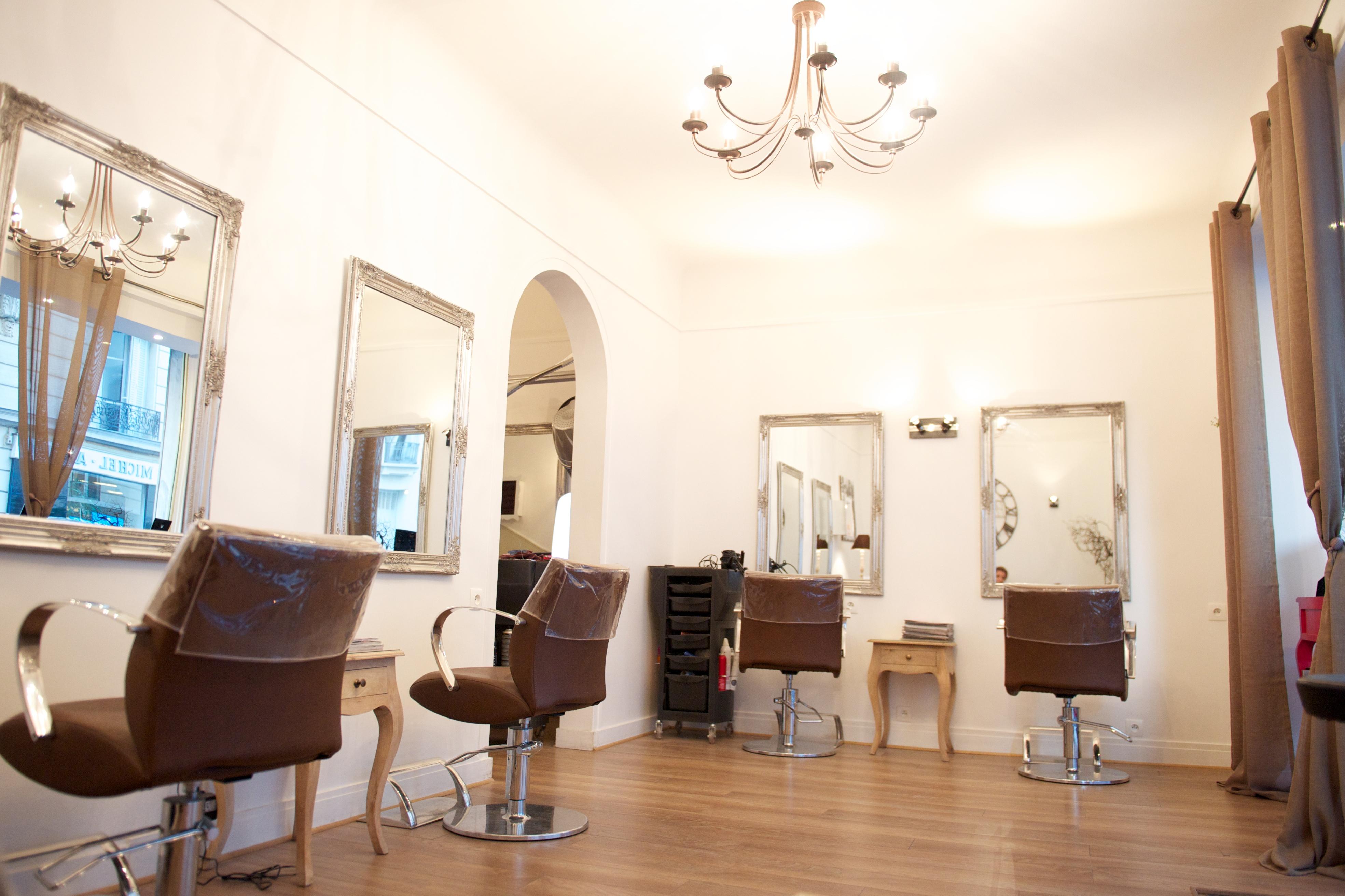 Salon Paris 16