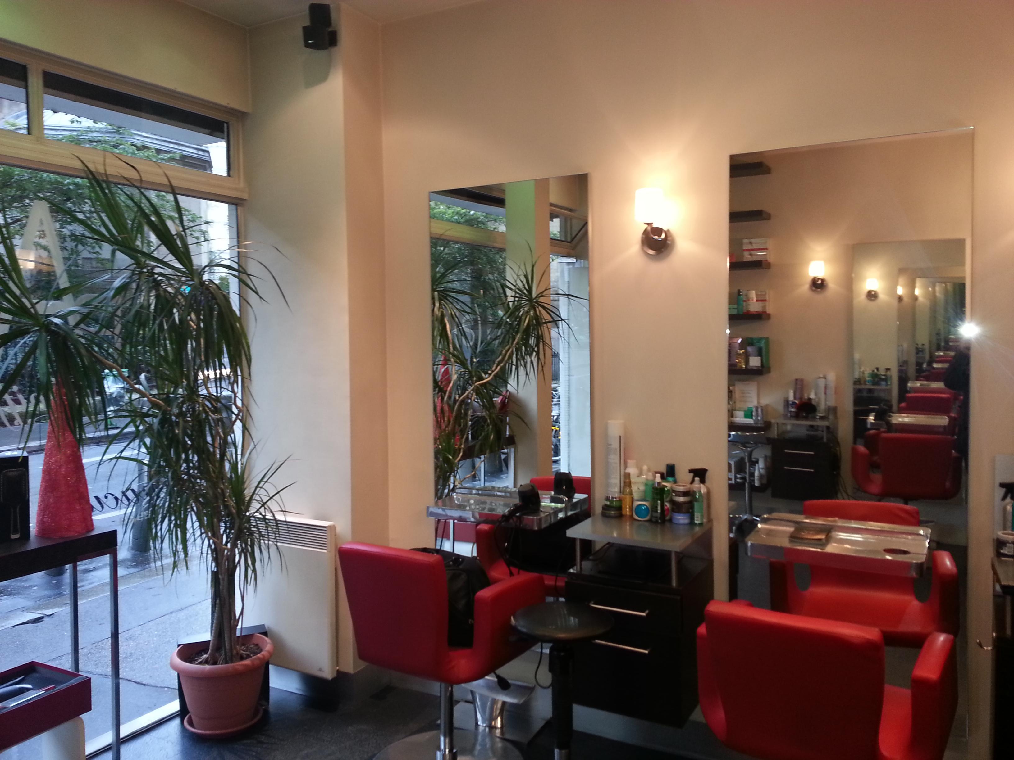 Paris coiffure paris 18 avis tarifs horaires t l phone for Salon de coiffure paris 18