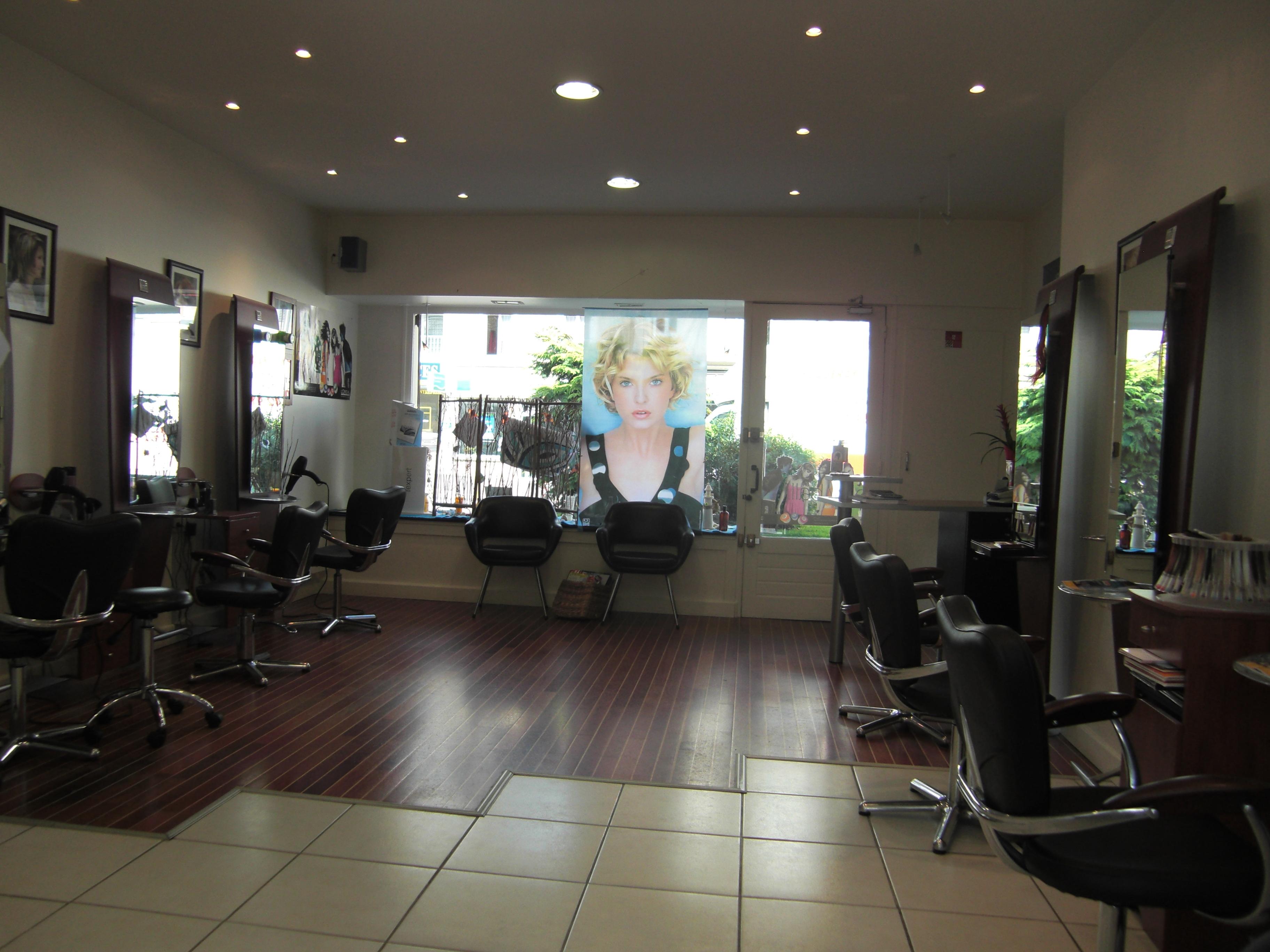 H l na coiff chartres avis tarifs horaires t l phone for Salon de coiffure chartres