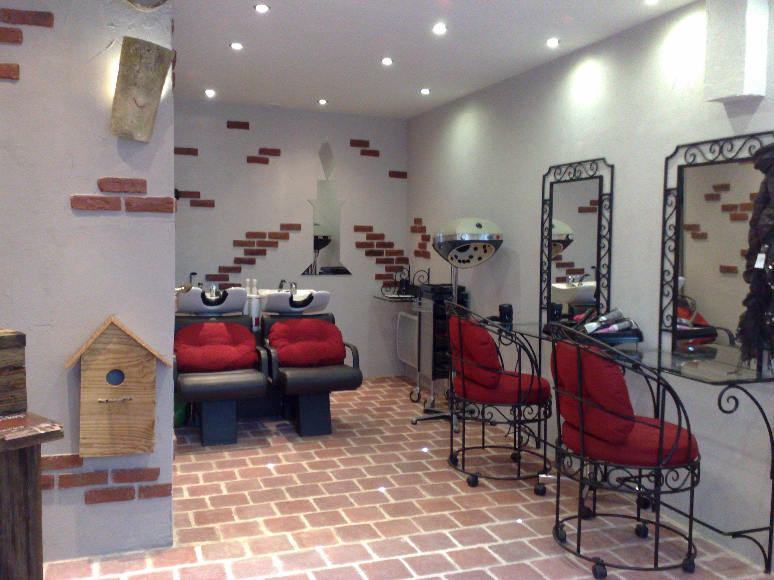 Accessoire cheveux femme mariage tendance coiffure pour for Accessoire pour salon de coiffure