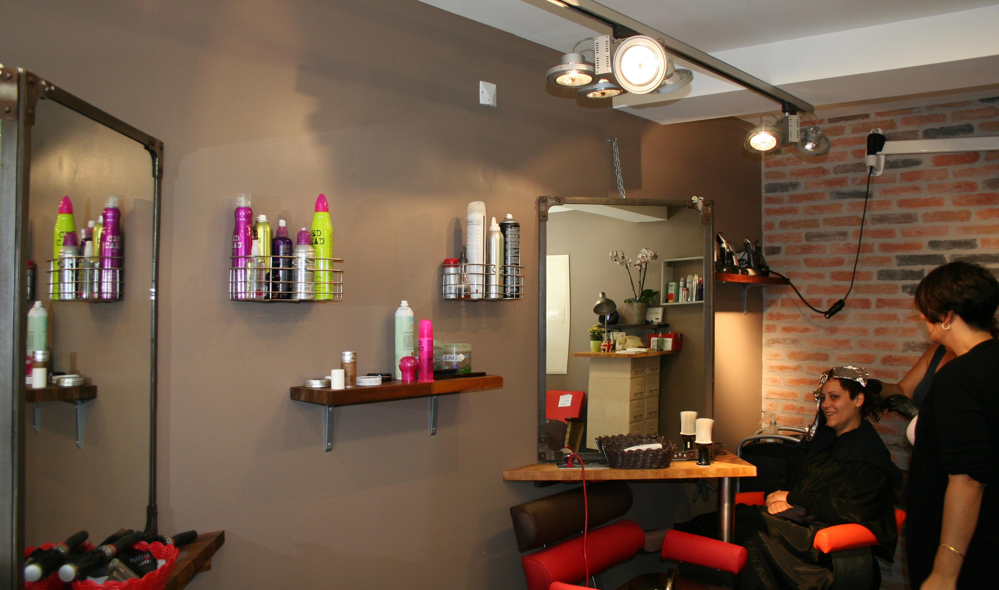 Coiff 39 plus cadillac avis tarifs horaires t l phone for Avis salon de coiffure