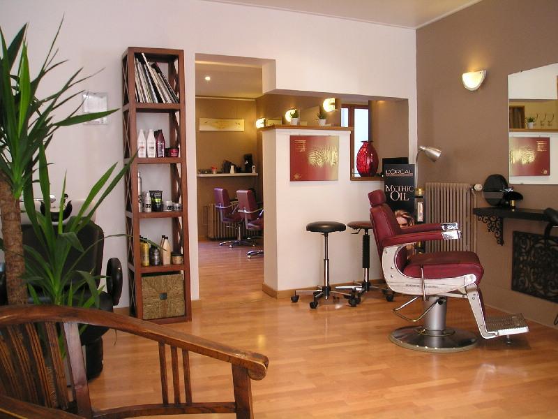 S line coiffure chartres avis tarifs horaires t l phone for Salon de coiffure chartres