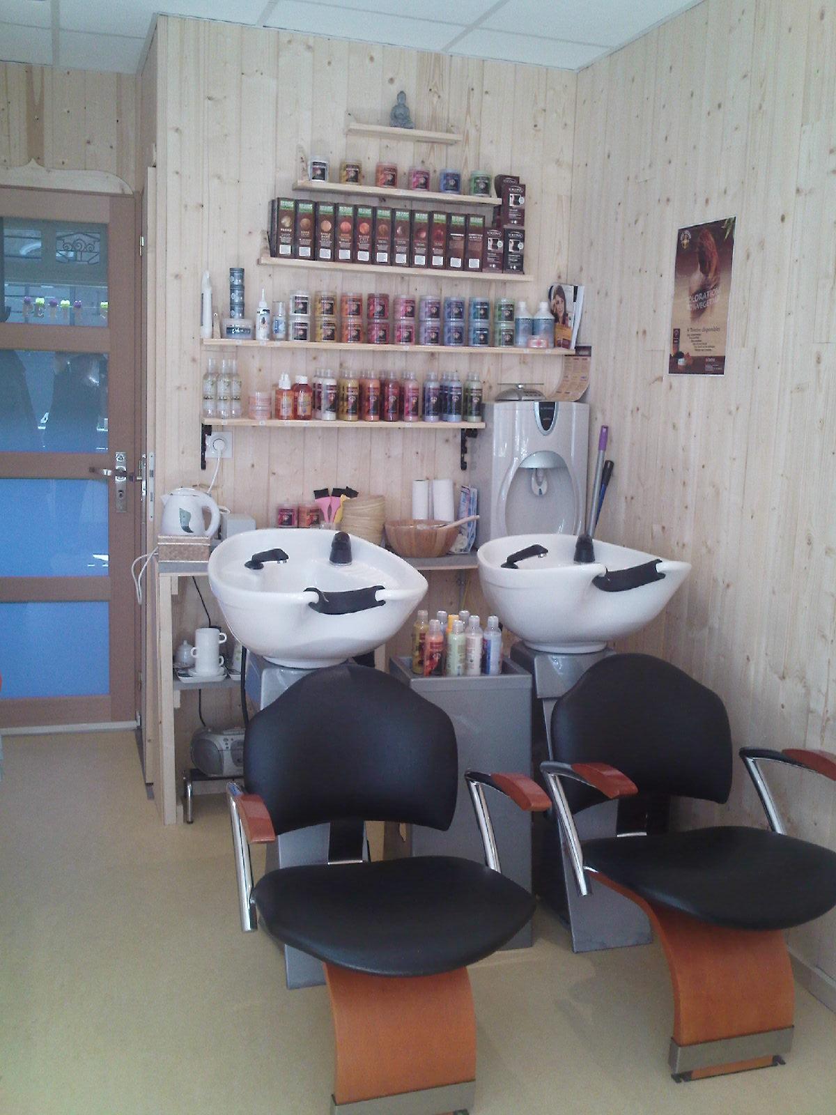 Le petit salon lannion avis tarifs horaires t l phone for Le petit salon villereal