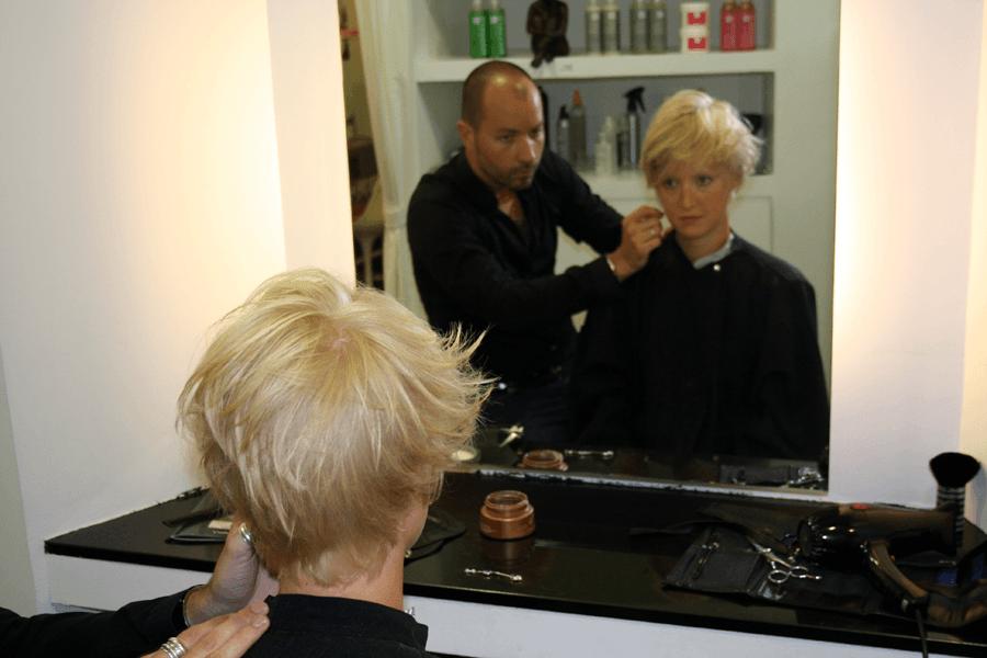 Salon de coiffure massato tarif coiffures modernes et for Salon de coiffure tarif