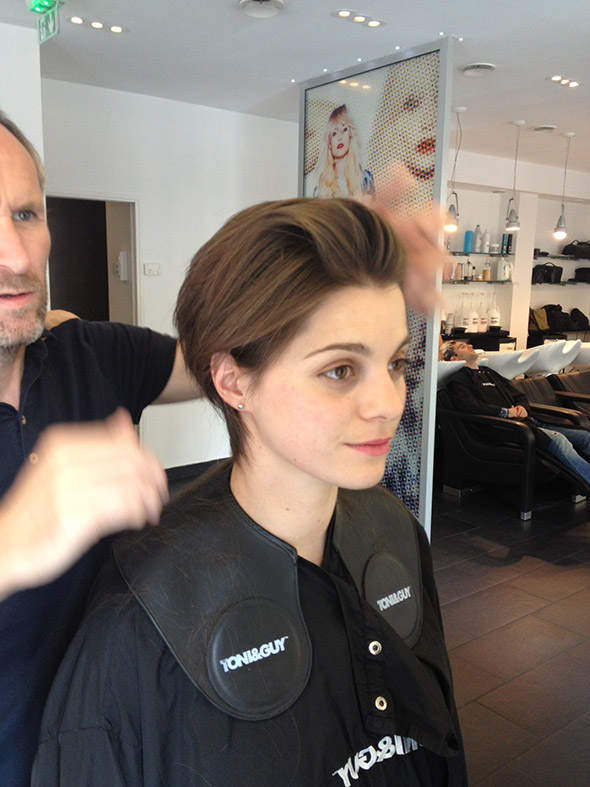 Une coupe de cheveux chez toni guy st honor meilleur for Salon tony and guy