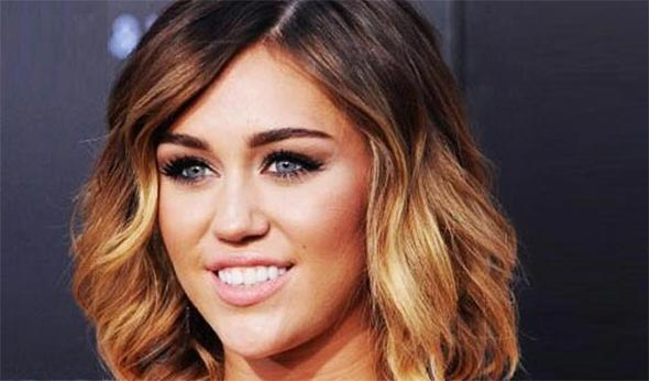 diff rence entre ombr hair et tie and dye coupe de cheveux. Black Bedroom Furniture Sets. Home Design Ideas