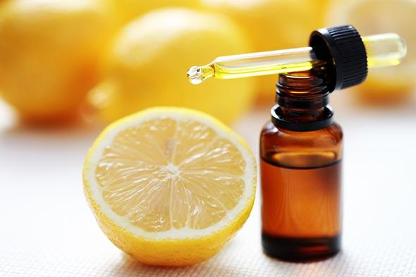 huile-essentielle-poux