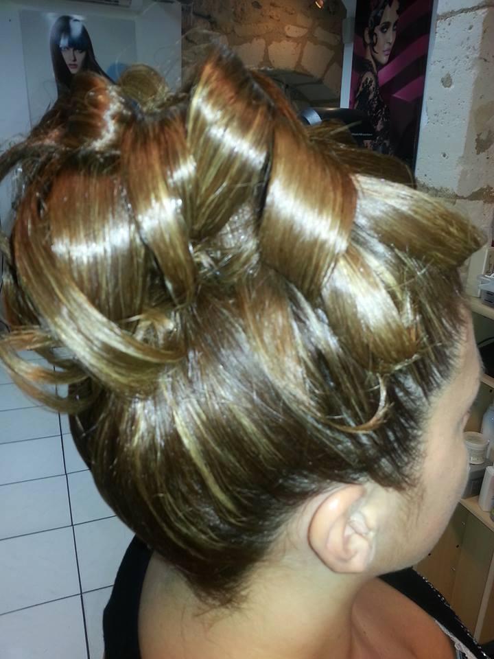 Cr ation coiffure bourdeilles avis tarifs horaires t l phone - Creation salon de coiffure ...