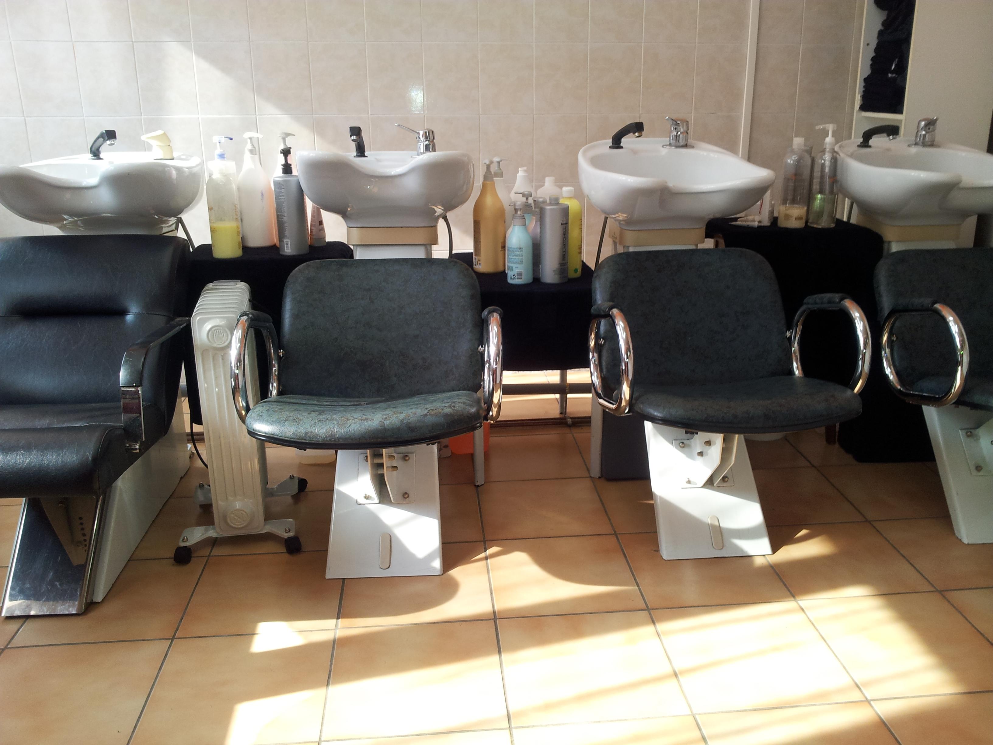 Salon de coiffure relooking chez nicole roubaix avis for Avis salon de coiffure