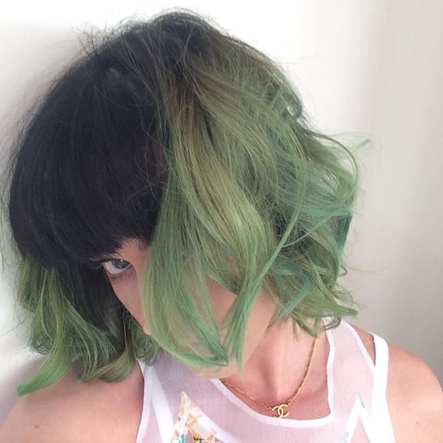 Katy Perry cheveux verts - Slime green
