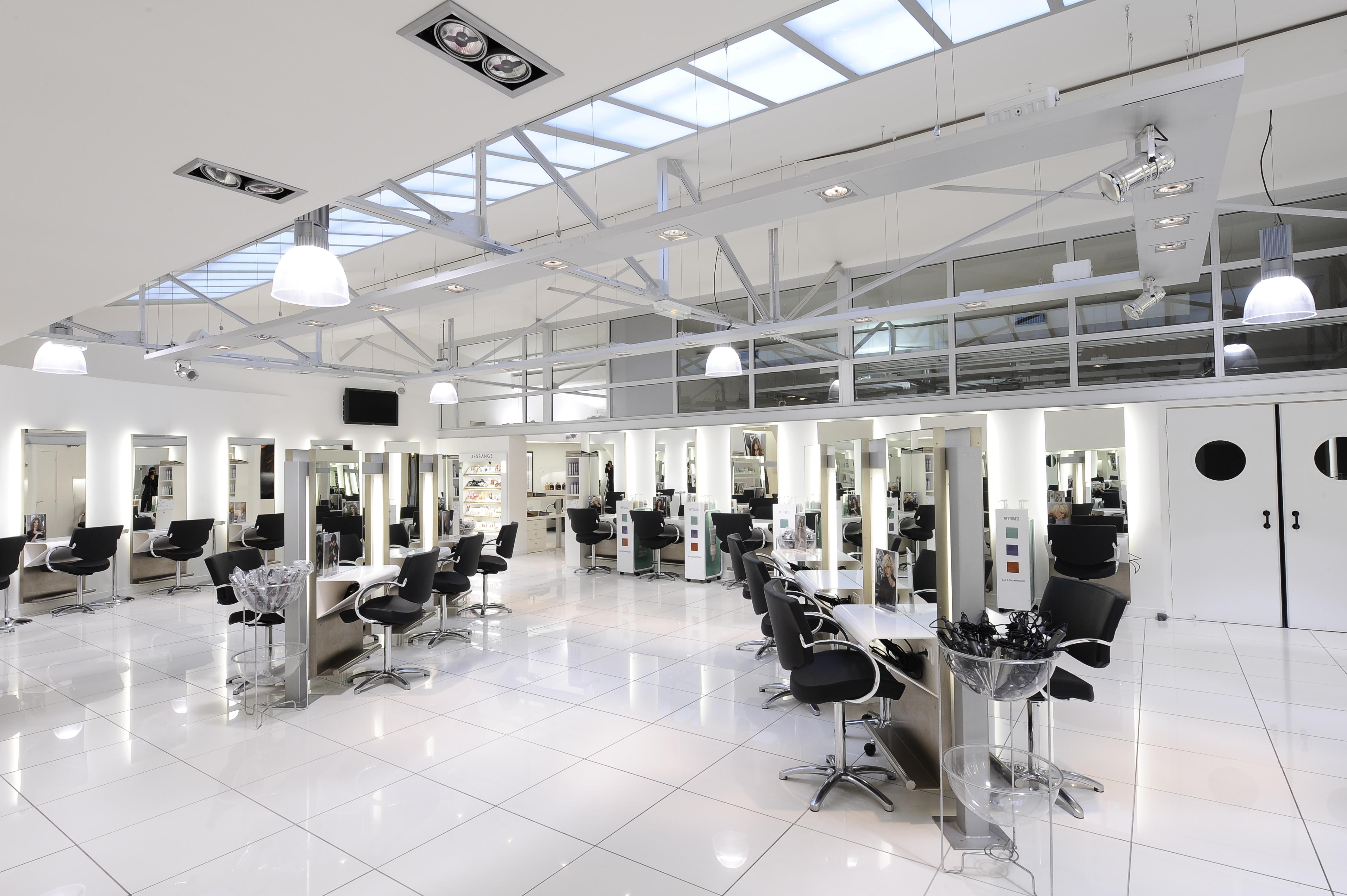 Centre de coiffure gratuit