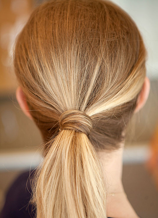 how to tie hair in different styles 24 astuces simples pour vous coiffer tous les jours 5647