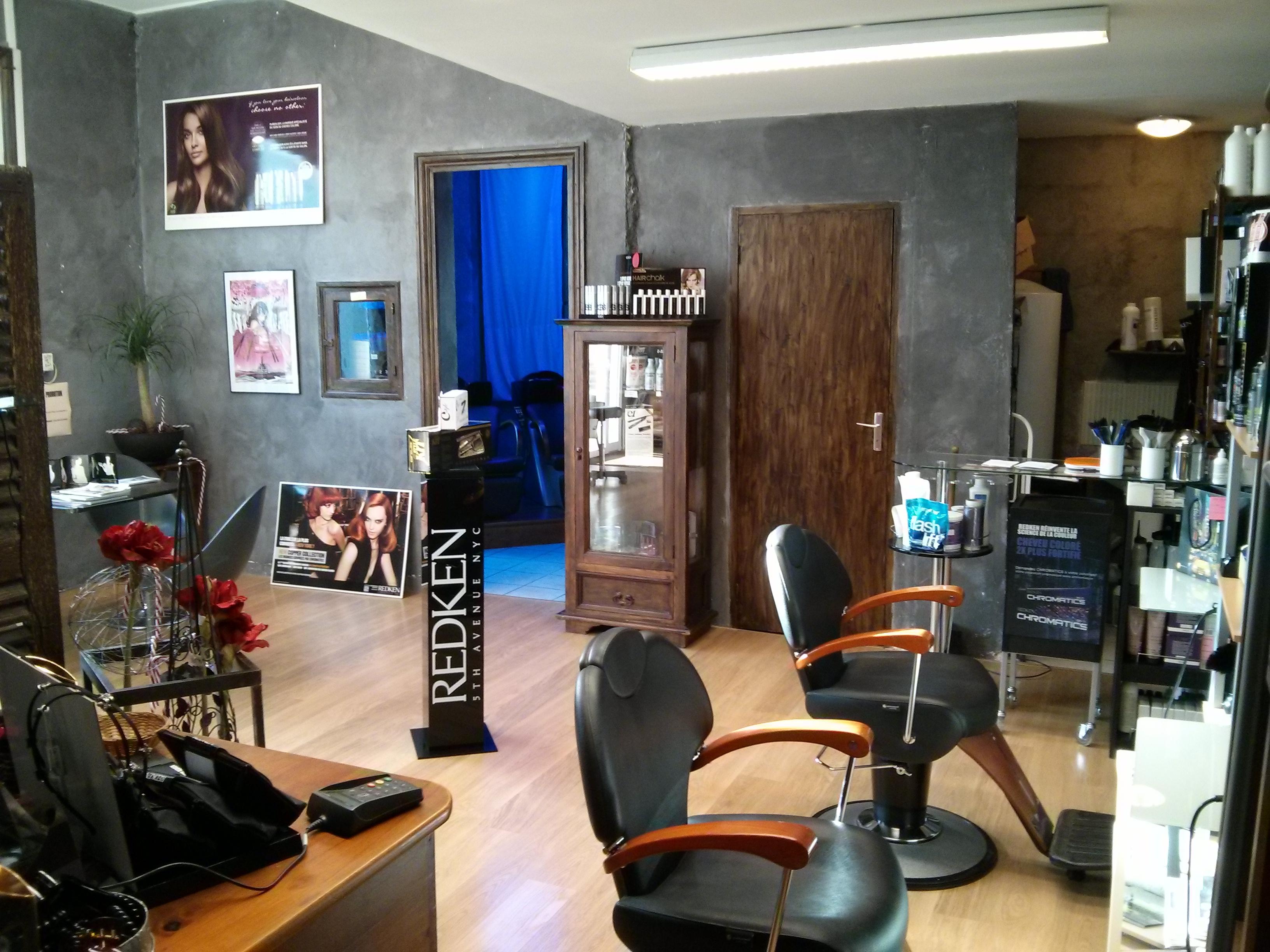 Coiffeurs loire for Salon coiffure roanne
