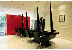 Vog coiffure paris 08 avis tarifs horaires t l phone for Salon de coiffure ouvert le dimanche paris