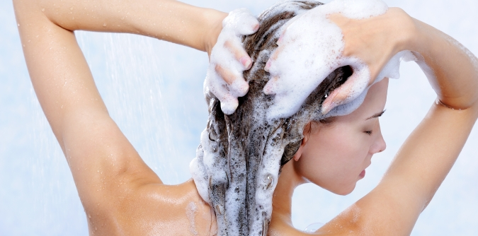 Chaque cheveux shampooing