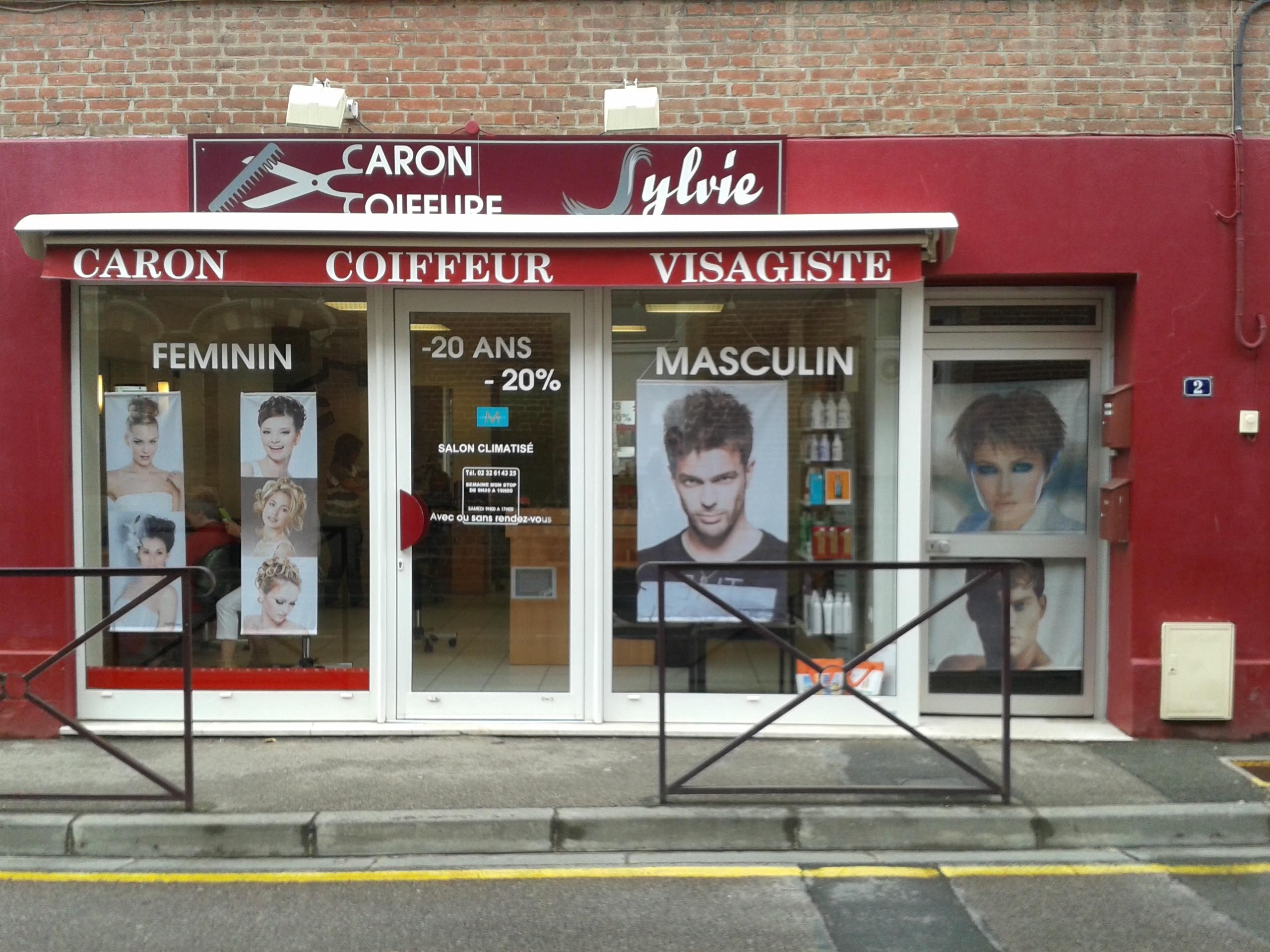 Coupe du monde feminine qualification se couper les for Salon de coiffure st sauveur