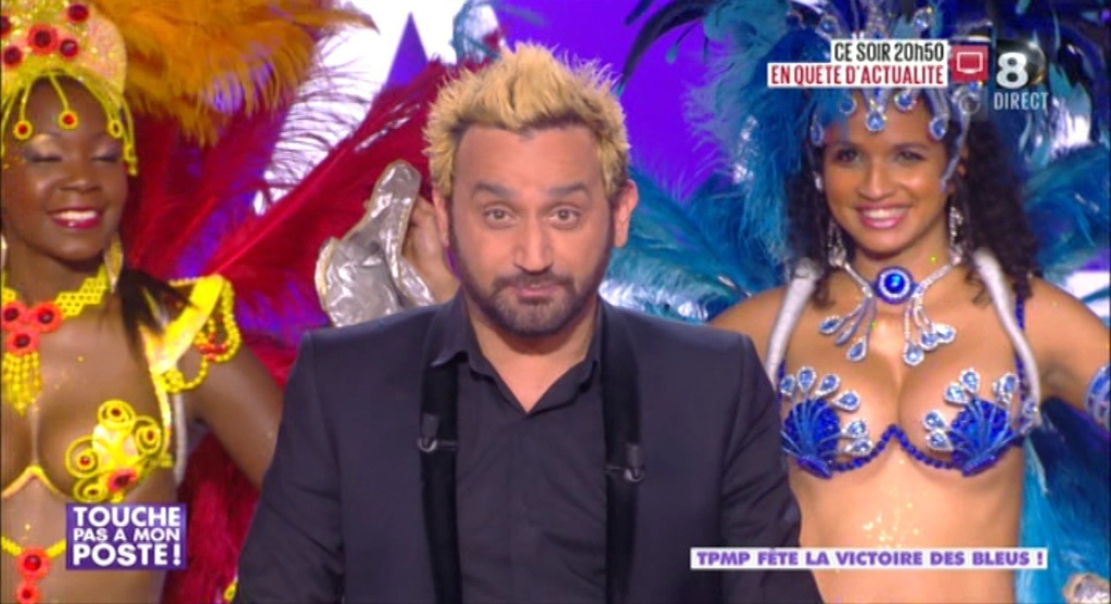 Cyril Hanouna cheveux blonds