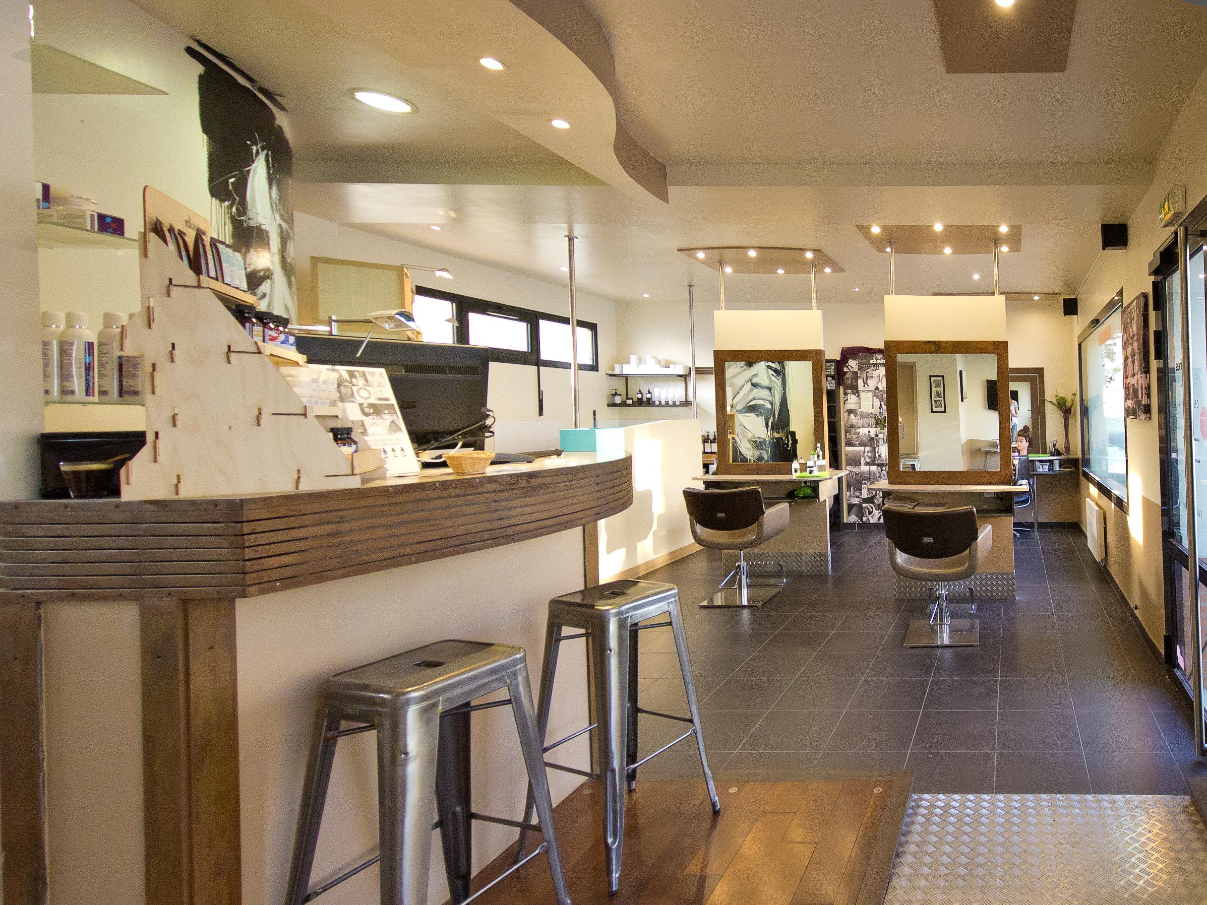 Idoneo hair studio la rochelle avis tarifs horaires t l phone - Salon antiquaires la rochelle ...
