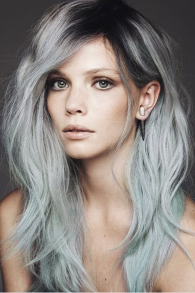 maquillage cheveux colorés gris