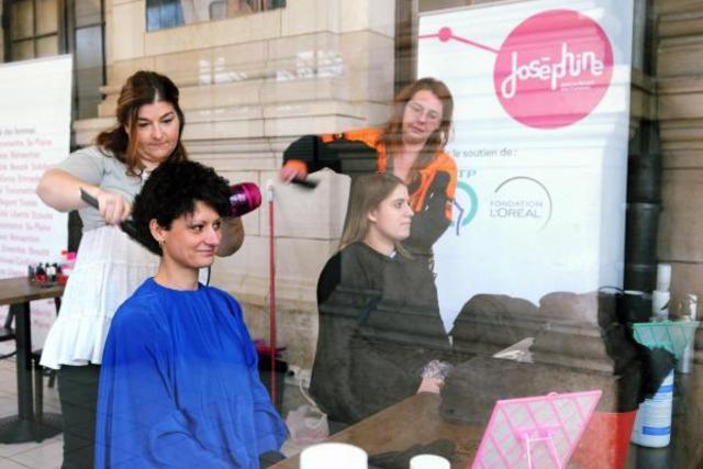 un don contre une coupe de cheveux offerte infos coiffure. Black Bedroom Furniture Sets. Home Design Ideas