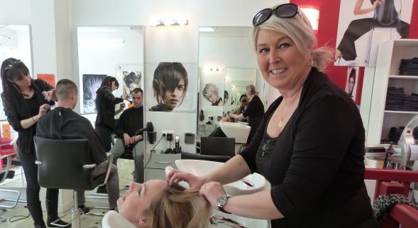 Salon coiffure refusé TF1 Mon salon de coiffure est en péril