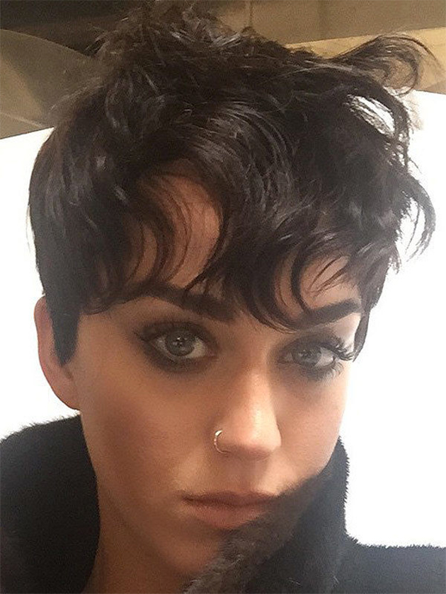 Nouvelle coiffure Katy Perry cheveux courts