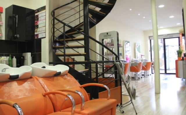 Self 39 coiff paris 03 avis tarifs horaires t l phone - Salon de coiffure ouvert le dimanche paris ...