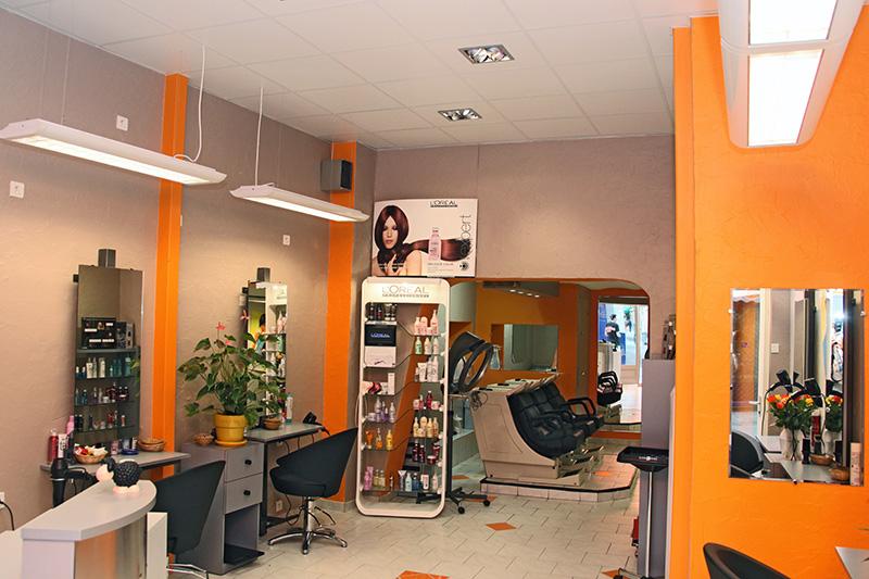 Tifenium coiffure barcelonnette avis tarifs horaires for Avis salon de coiffure