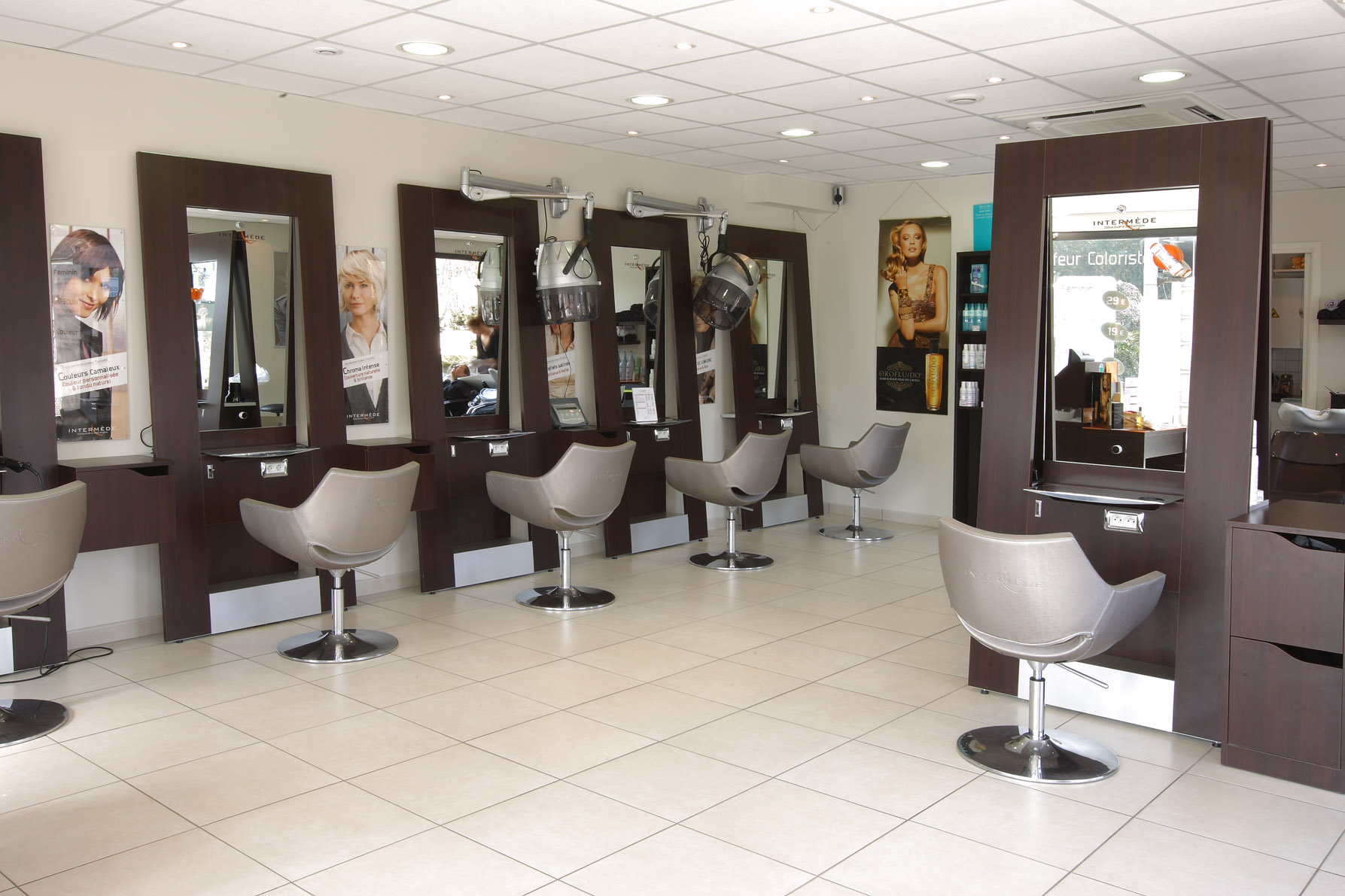 Intermede coiffure colombes votre nouveau blog l gant for Salon de coiffure colombes