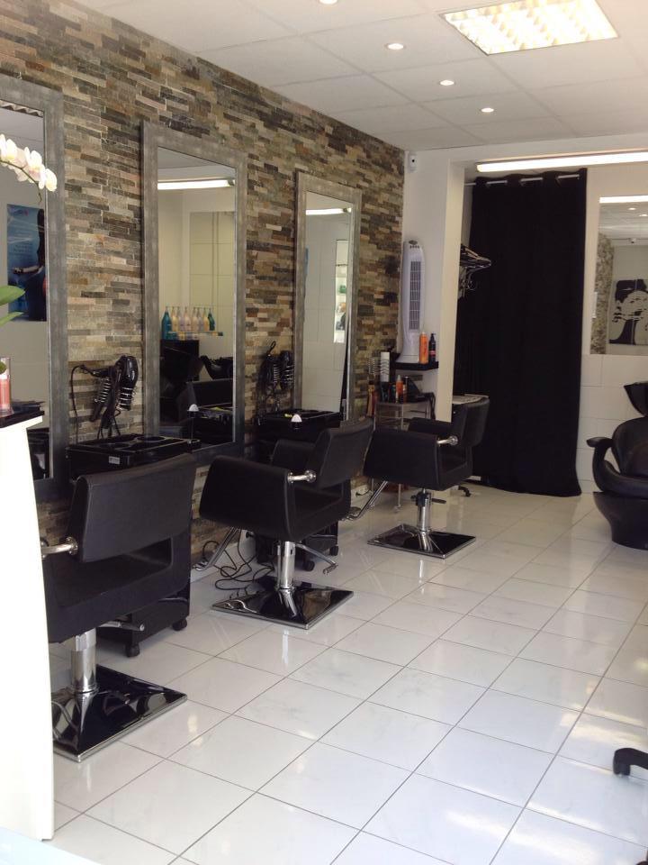 Lila coiffure ermont avis tarifs horaires t l phone for Avis salon de coiffure