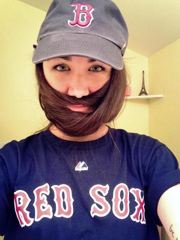 Les femmes aussi succombent à la folie de la barbe !