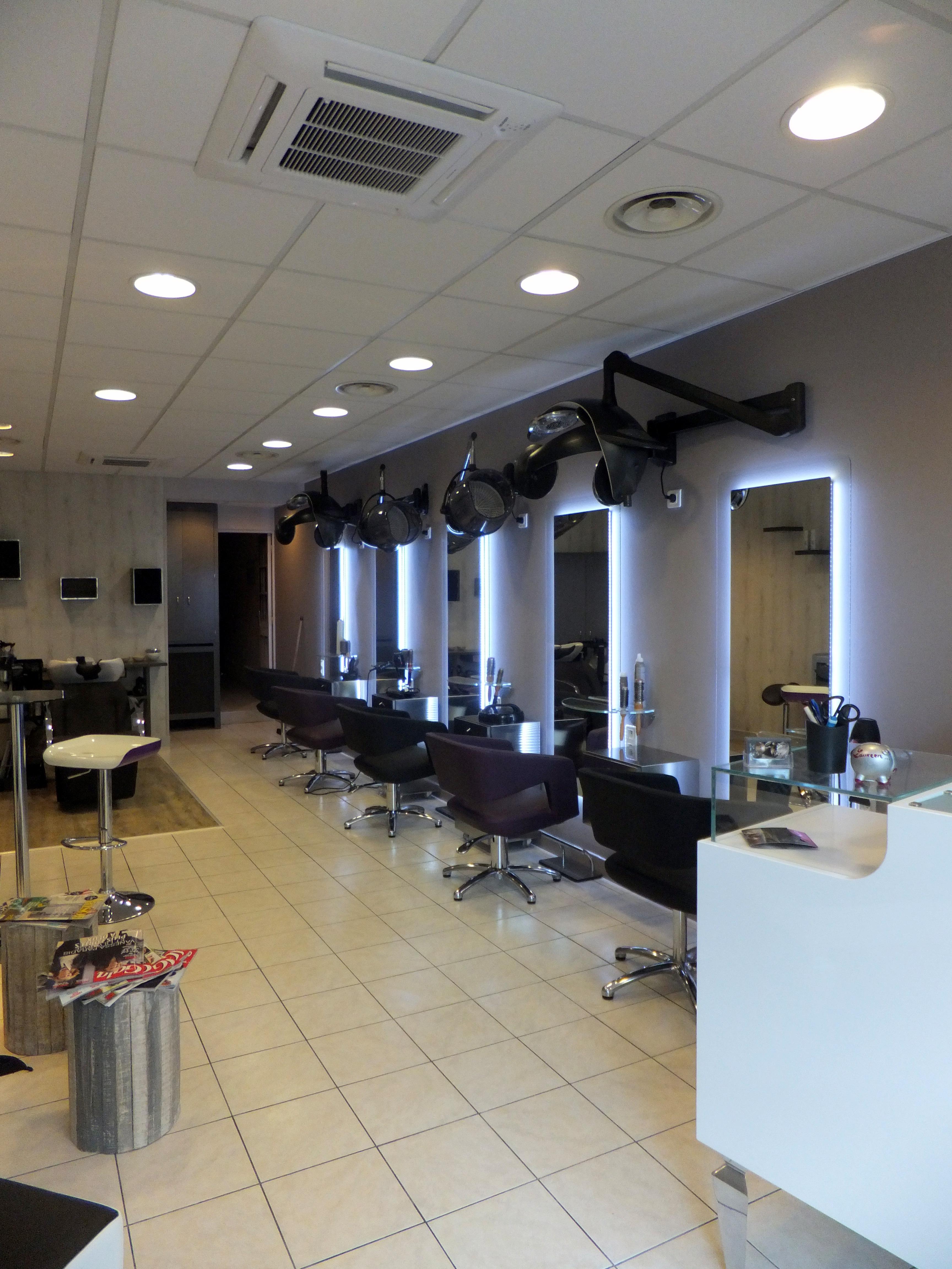 Sixi me sens montargis avis tarifs horaires t l phone - Salon de coiffure sens ...