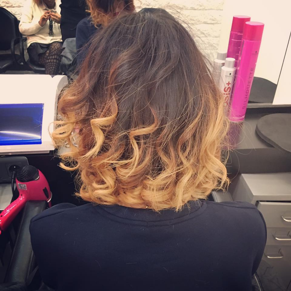 Esprit coiffure marseille avis tarifs horaires t l phone for Salon de coiffure mantes la jolie