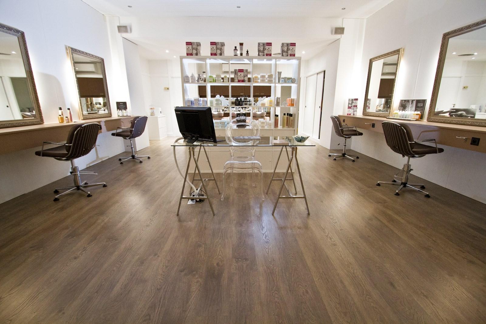 Blow up cannes avis tarifs horaires t l phone - Salon de coiffure cannes ...